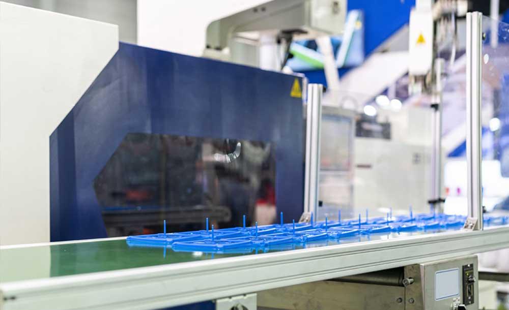 Plastic Injection Molding Company - Mid